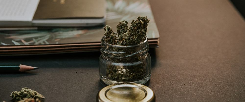 Original Guide to Drying and Curing Cannabis Buds